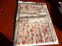Picture of YO Needle/Crochet Roll - Apples - IN STOCK